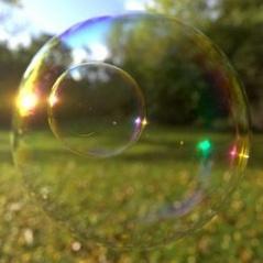 Bubble irridescence